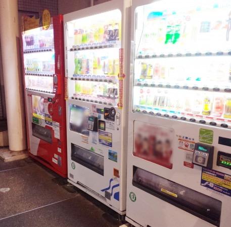 アフィリエイトで儲かる仕組みは自販機の設置に例える